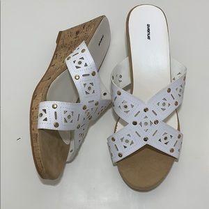 Avenue pixie cutout wedge sandals 13w